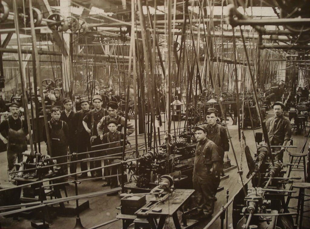 Early 1900's Machine Shop