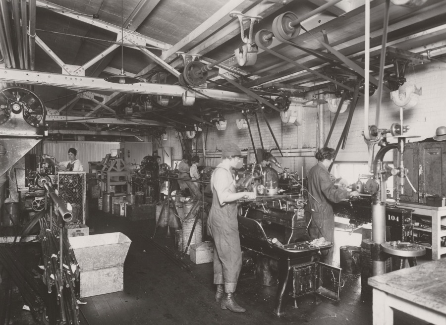 Navy Machine Shop Puget Sound 1919